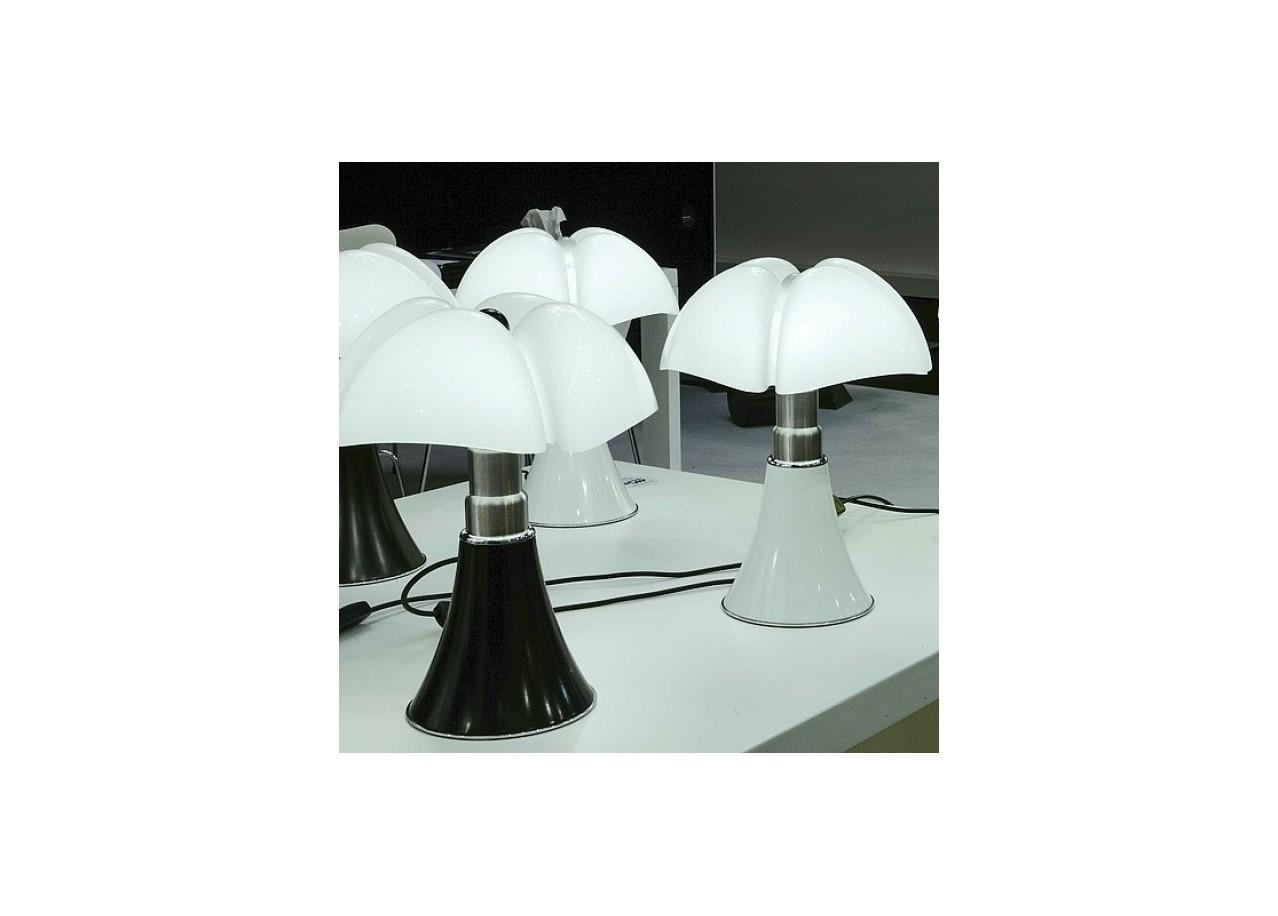 pipistrello pas cher lampe fatboy pas cher lampe de table pipistrello noir achat vente lampe. Black Bedroom Furniture Sets. Home Design Ideas